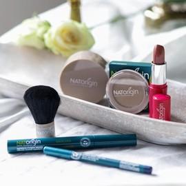 Si vous êtes à la recherche d'un maquillage naturel et bio pour vos yeux et votre peau sensibles, la gamme NATORIGIN est la solution.⠀⠀⠀⠀⠀⠀⠀⠀⠀ ⠀⠀⠀⠀⠀⠀⠀⠀⠀ Cette gamme à 98% est plus d'ingrédients naturels et issus de l'agriculture biologique est conçue en supprimant tous les composants irritants ou allergènes pouvant être présents dans les produits cosmétiques (nickel, chrome, cobalt...).⠀⠀⠀⠀⠀⠀⠀⠀⠀ ⠀⠀⠀⠀⠀⠀⠀⠀⠀ Faites plaisir à votre peau sensible et retrouver le plaisir de vous maquiller, avec la gamme de maquillage haute tolérance Natorigin.⠀⠀⠀⠀⠀⠀⠀⠀⠀ ⠀⠀⠀⠀⠀⠀⠀⠀⠀ #natorigin #allergie #allergienickel #allergiemaquillage #yeuxsensibles #peausensible #hautetolerance #maquillagenaturel